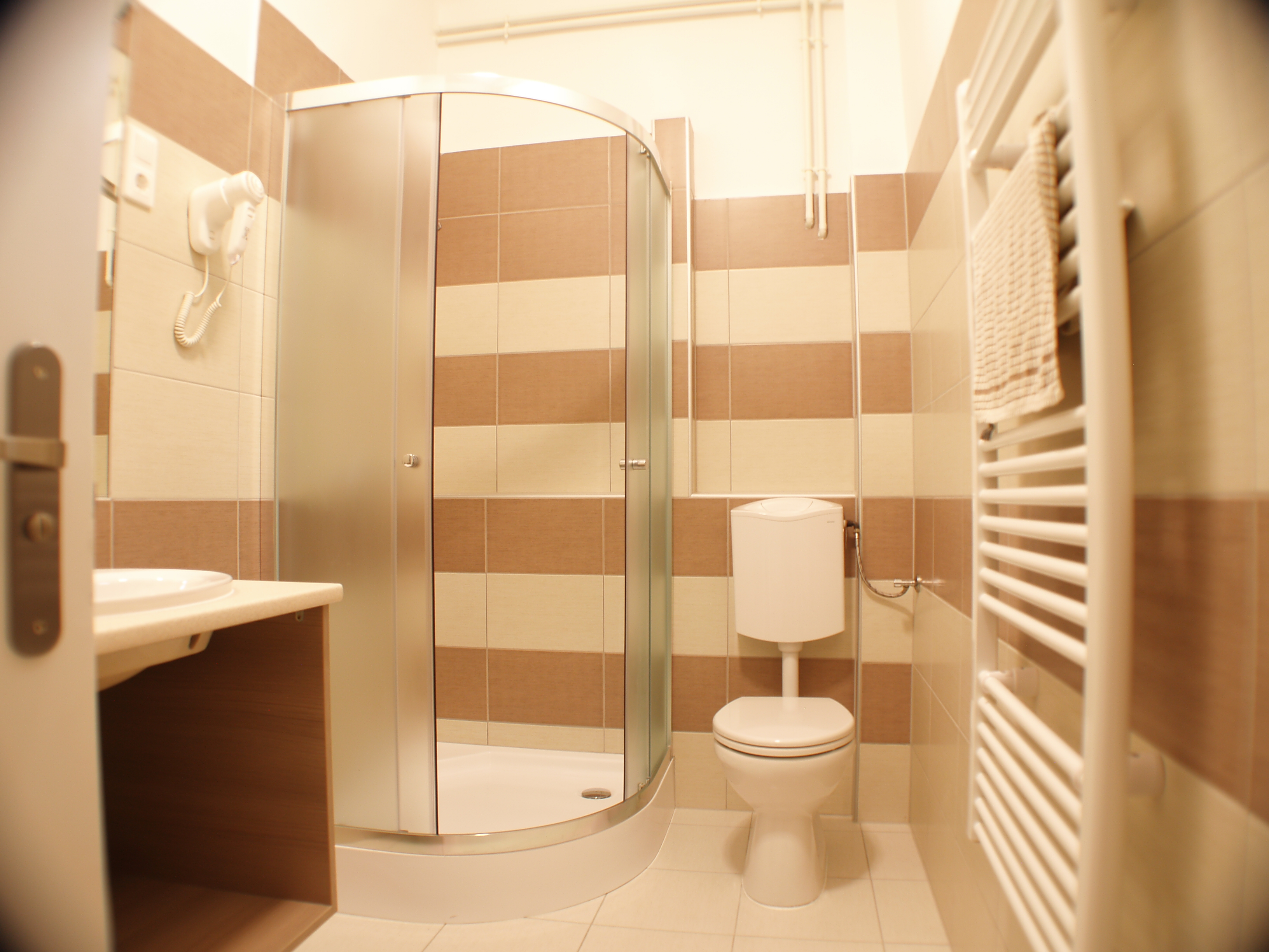Toronyi Vendégház fürdő
