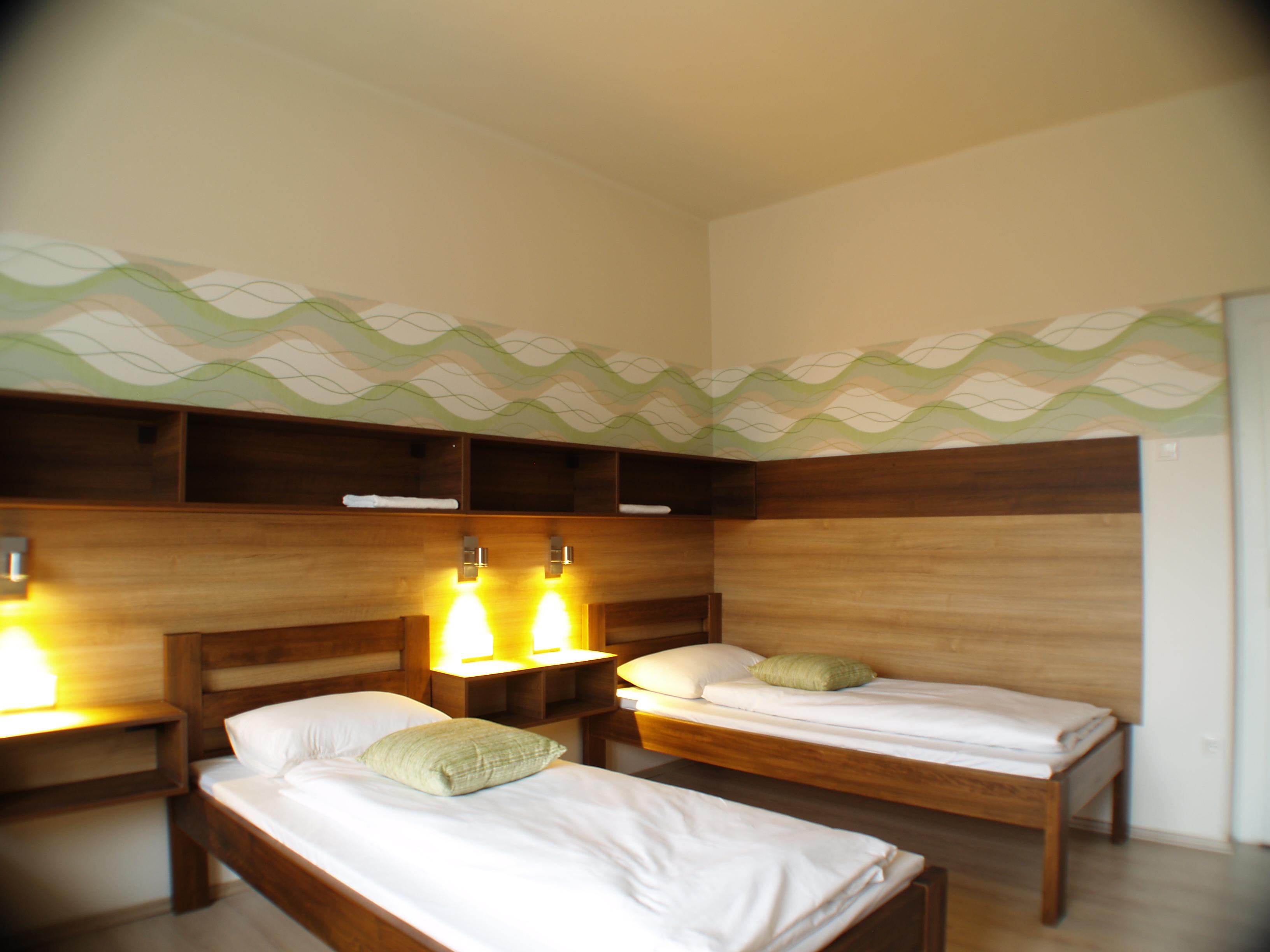 Toronyi Vendégház 4 ágyas szoba